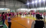 Zumba despede do Outubro Rosa